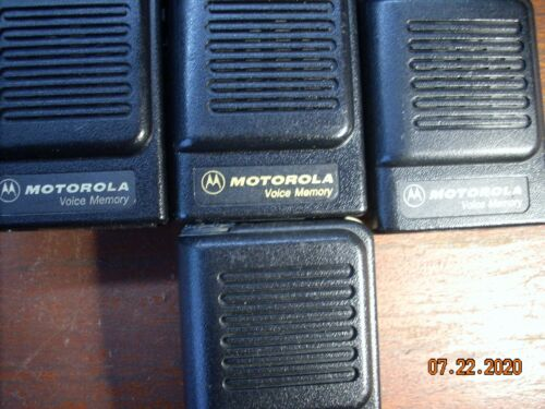 Lot of 9 Motorola voice memory+1 advisor Pager UHF W Belt Clip+Lot of 3 chargers