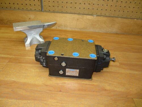 Vickers DGR 06 F2 52 *NEW* Hydraulic Valve Eaton 626404 DGR06F252