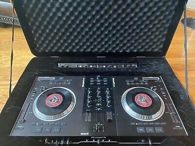 NUMARK NS7 FX Digital DJ Turntable W Serato ITCH Software And Custom Road Case