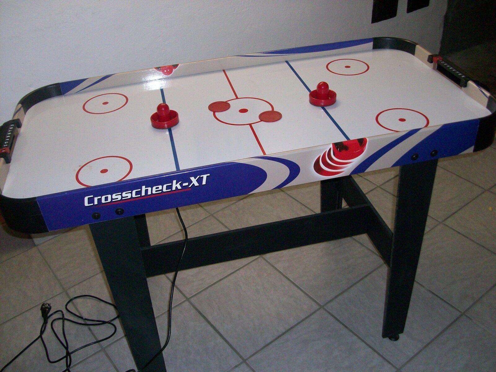 Airhockey Tisch
