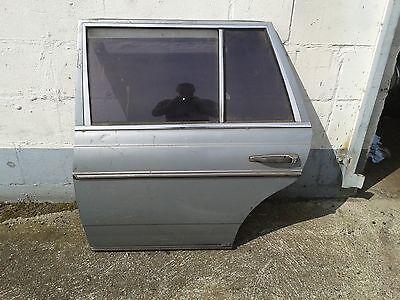 mercedes w123 t r hinten links. Black Bedroom Furniture Sets. Home Design Ideas