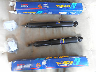 TOYOTA PREVIA REAR GAS SHOCK ABSORBERS A PAIR ALL MODELS 1991 2000 23314