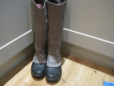 6.5 and 7 Horka Chesterfield Brown Boots Size 6