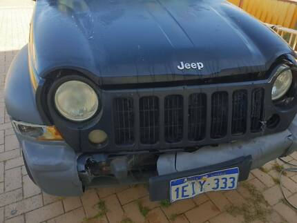 Unregistered/ damaged 2005 Jeep Cherokee Sports 3.7l V6 Auto Ravenswood Murray Area Preview