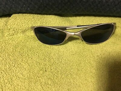 OAKLEY ASIAN FIT METAL FRAME SUNGLASSES