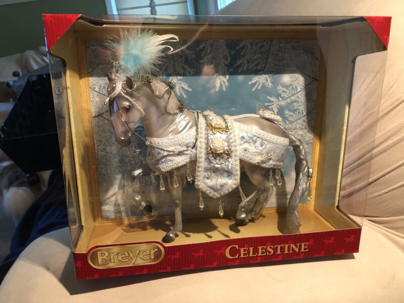 Breyer Horses Traditional Size Celestine #700121 2018 Holiday//Christmas Model