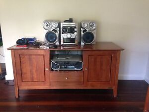 Wooden cabinet in great condition - no longer needed $50 Murwillumbah Tweed Heads Area Preview