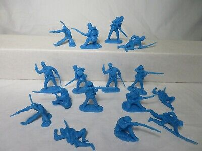 Classic Toy Soldiers Civil war Union figures in Blue,16 in 8 poses 54mm