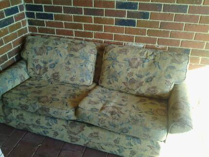 couch fold out bed Dianella Stirling Area Preview