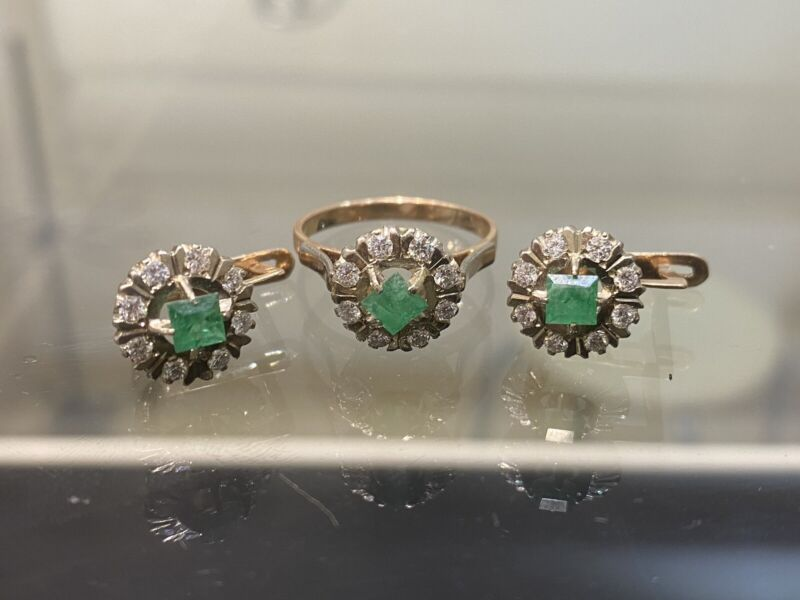 Russian Vintage Rose Gold Set Ring Earring with Diamonds and Emeralds  14K 583