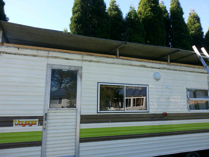 Great on site caravan or easy rebuild to tow