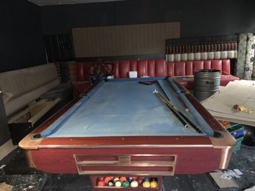 FOR SALE Amarican 10ft X5ft Pool  TABLE IN VERY GOOD CONDITION