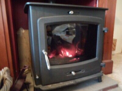 Saltfire 20 boiler woodburning and solid fuel stove. New in 2015