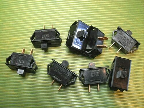 NOS -- Lot of 8 -- CM SPST black slide switches