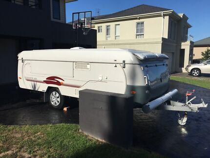 Coromal Silhouette 421 - $19,900.00 ono Woonona Wollongong Area Preview