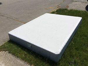 Free bedframe and box spring