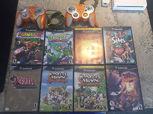 NINTENDO Gamecube games and controllers