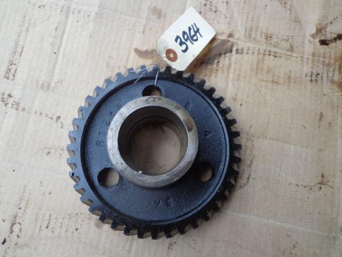 John Deere R Power shaft idler gear R121R
