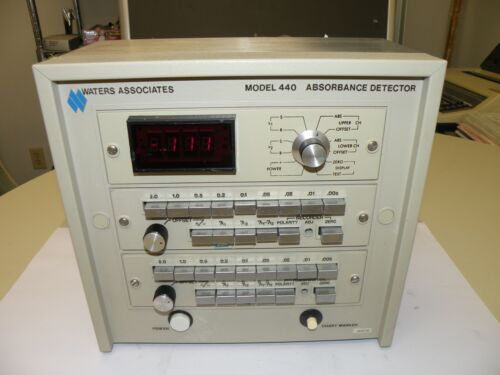 WATERS ASSOCIATES 440 ABSORBANCE DETECTOR 440-011782 WORKING UNIT