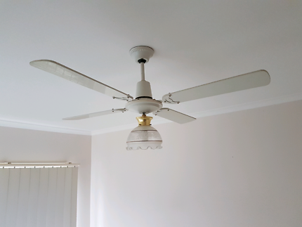 Ceiling fan with light x 2