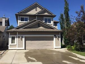 Rent Rutherford South West Edmonton immaculate