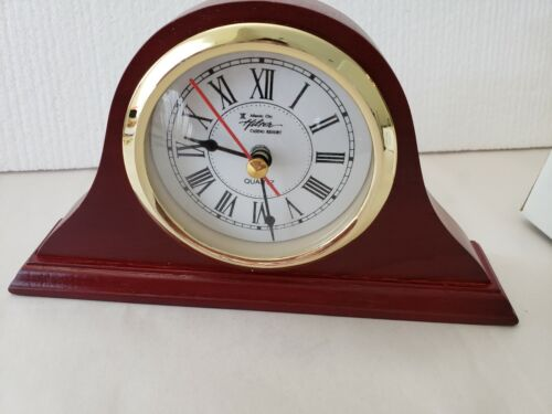 Hilton Casino Atlantic City Quartz Wood Mantle Clock - New with box