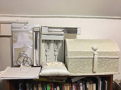 Wedding set... some item never used...  (Used Wedding Items)