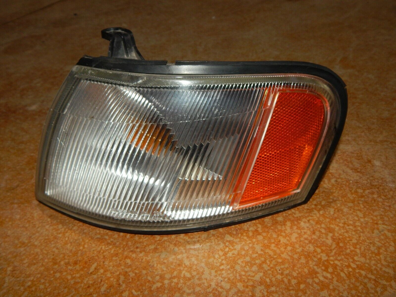 95 96 97 98 99 Nissan Sentra 95 96 97 98 200SX Driver LH Corner Light Factory