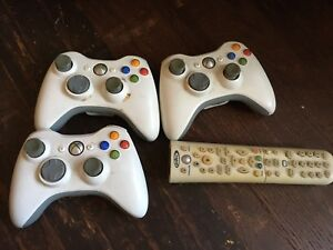 3 Xbox 360 controllers and remote