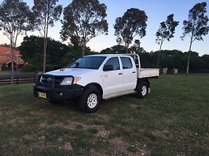 2006 Hilux 4x4 turbo diseal Horsley Park Fairfield Area Preview