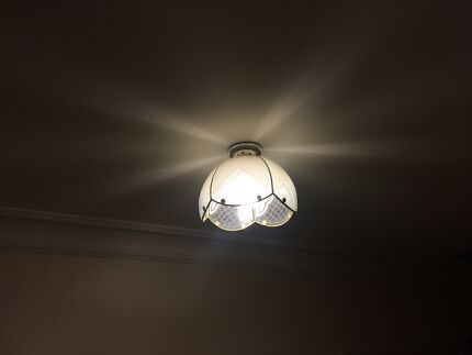 Light fittings x3