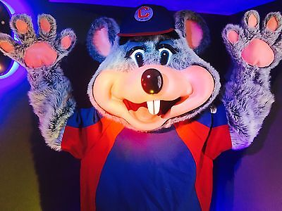 Game Room, Arcade, Pinball Machine, Man Cave, Chuck E Cheese, Cosplay Costume - Chuck E Cheese Costume