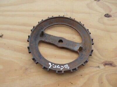 1 Used Y2638 Steel Cast Iron John Deere Planter Bean Seed Plate Y 2638