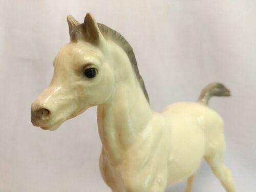 "Breyer Traditional Vintage #9 Proud Family Arabian Foal ""Joy"" Horse Figure EUC"