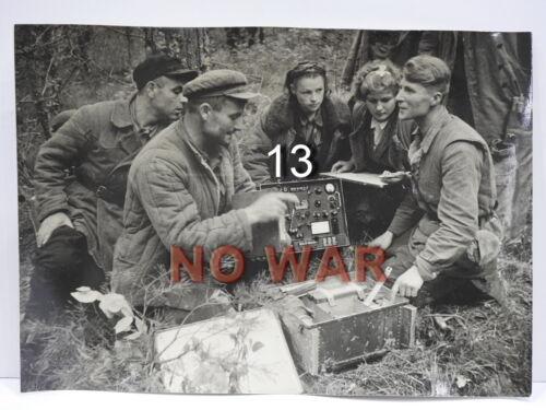 WWII ORIGINAL SOVIET LARGE PHOTO GROUP OF PARTISANS W GERMAN radio station 1944