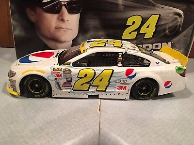 2015 Action Jeff Gordon  24 Pepsi Chase Fan Club Exclusive 1 24 Pearl Finish