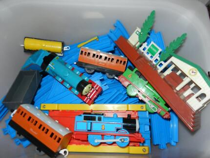 THOMAS THE TANK ELECTRIC TRAINS + track. East Fremantle Fremantle Area Preview