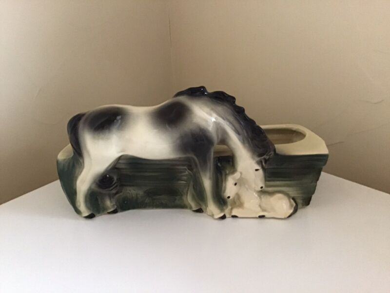 Brush McCoy Horse Mare And Foal Planter