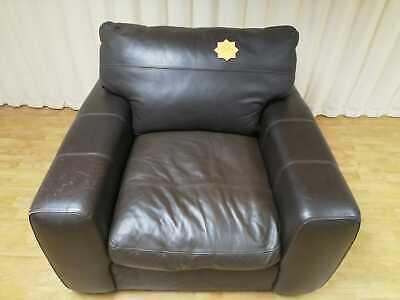 Contour Leather Armchair – Dark Brown