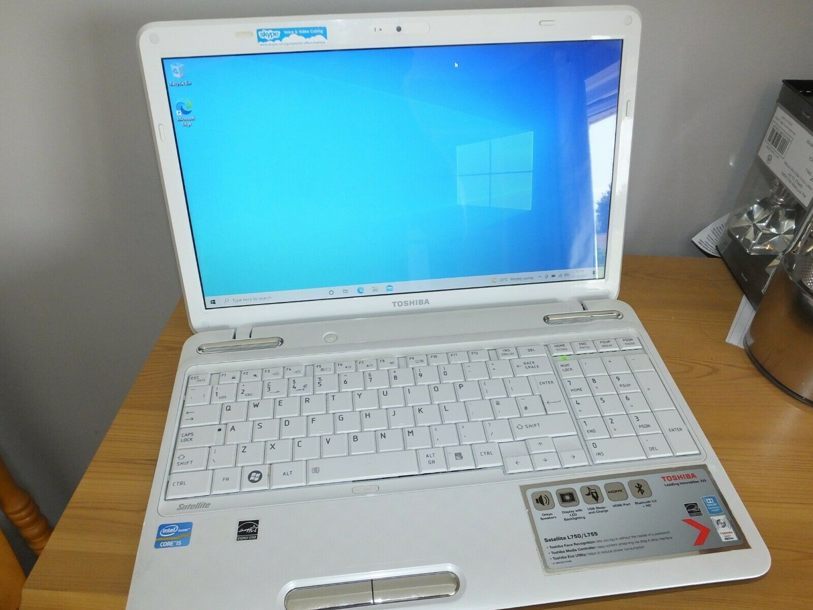 "Laptop Windows - Core i5 Toshiba l755-1np Laptop 8gb ram 1tb hd windows 10 15.6"" white hdmi wifi"