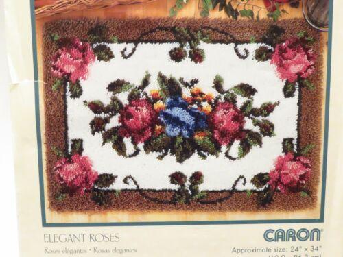 VINTAGE WONDERART LATCH HOOK KIT 24x34 RUG ELEGANT ROSES W BINDING & TOOL
