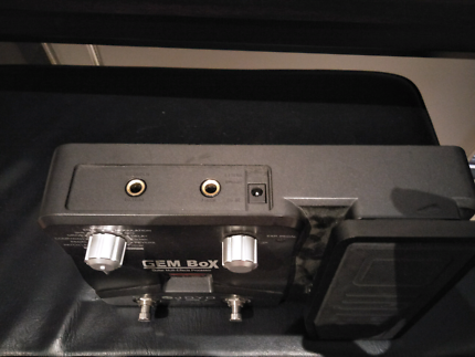 Gem box multi effects pedal