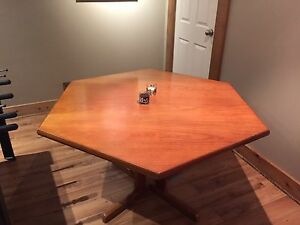 6 sided card table
