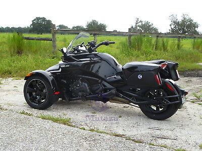 Detachable Hard Saddlebags 4 Can Am Spyder ROADSTER RS ST w/ mounting brackets - New Detachable Saddlebags