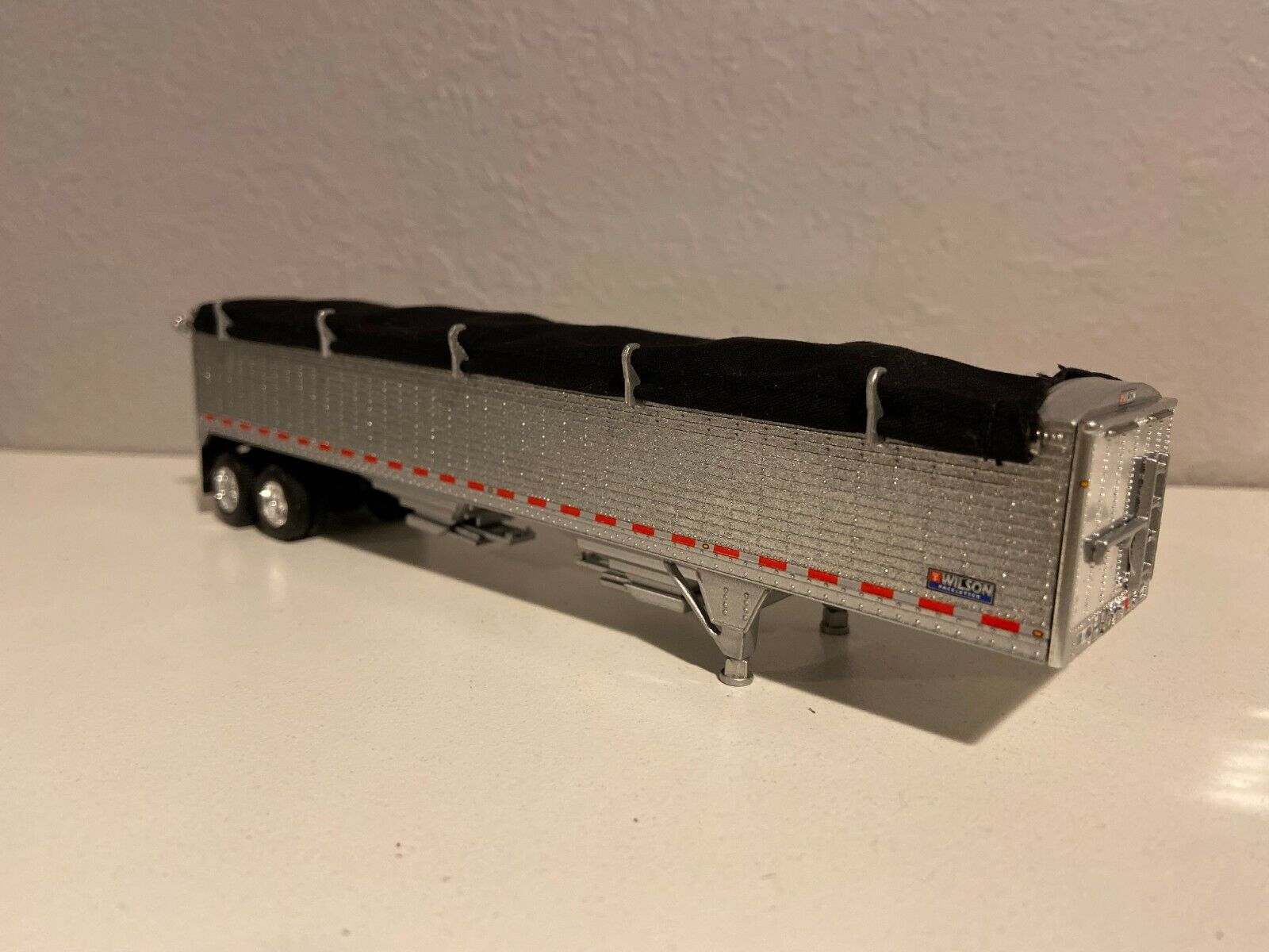 NEW SILVER DCP 1/64 WILSON HOPPER BOTTOM W/ BLACK TARP HIGH SIDE TRAILER