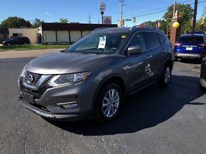 2017 Nissan Rogue SV- SUNROOF, REAR VIEW CAMERA, HEATED SEATS