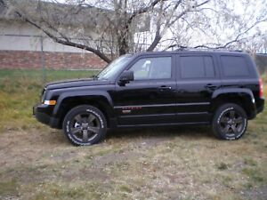 2016 Jeep Patriot 4X4 75 ANNIV. ED. S/ROOF,  LEATHER, ALLOYS, HT