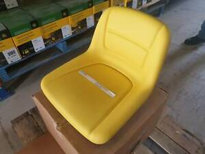 AM136801 John Deere Seat - Suit smaller ztracs Rutherford Maitland Area Preview