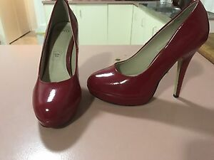 Red heels size 8 Dapto Wollongong Area Preview