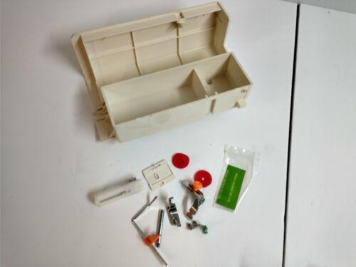 White 1505 Zig Zag Heavy Duty Sewing Machine Storage Case & Accessories